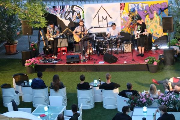 The Jam Homemade Band Auftritt Live draußen Sommer Bühne Wiener Neustadt